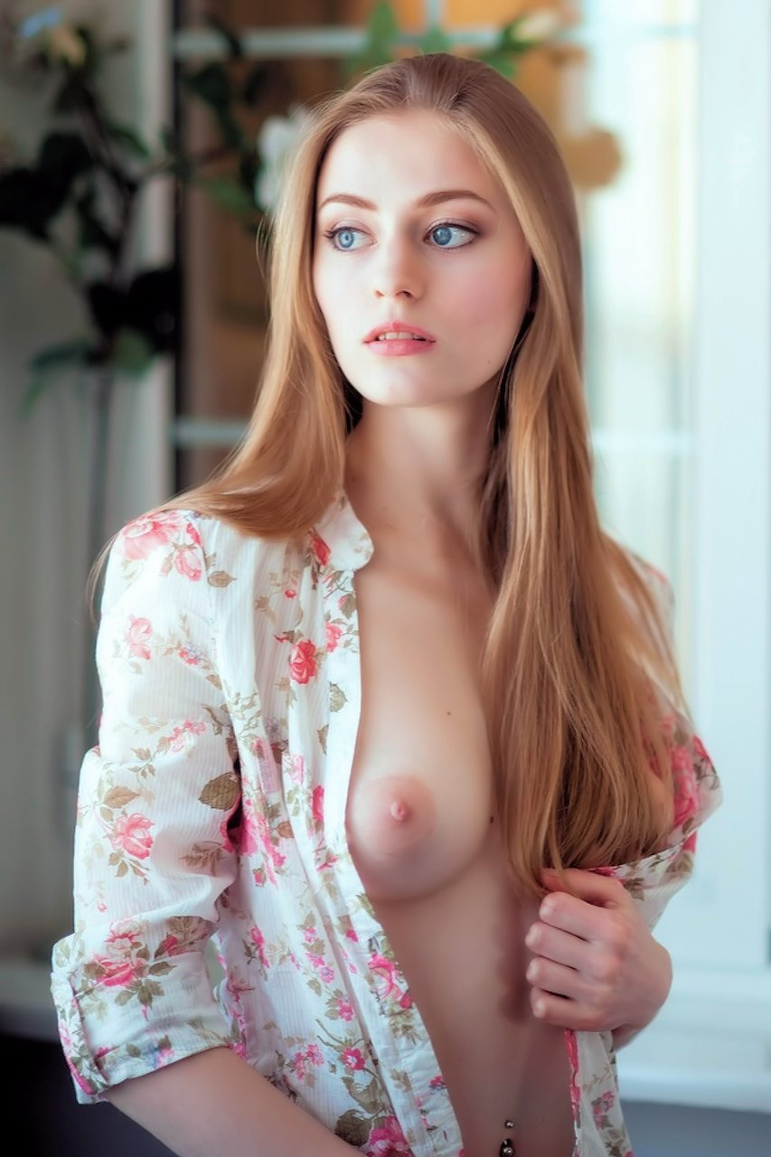 beautiful blue eyes porn photo - eporner