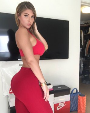 amateur photo In Red Leggings