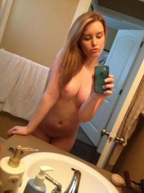 amateur photo Blonde stunner self shot