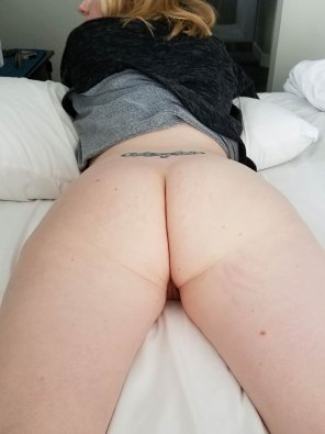 amateur photo Spread her open.
