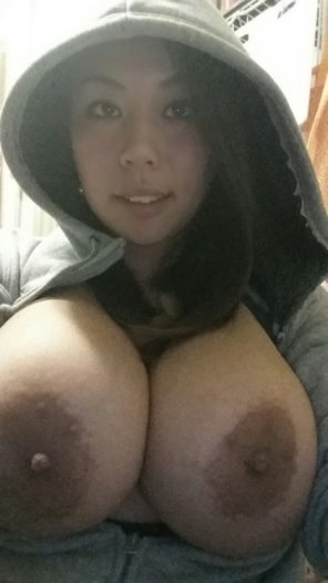 amateur photo Asians with big tits/ass are rare as unicorns. This beauty is as rare as they come.
