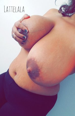 amateur photo Mind if I show off my married tits?