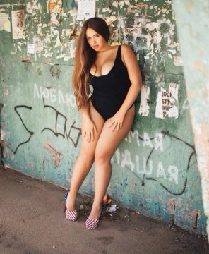 amateur photo American heels