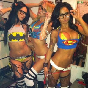 amateur photo Superheroines