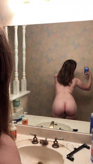 amateur photo New haircut, same ass.
