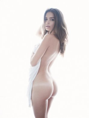 amateur photo Emily Ratajkowski