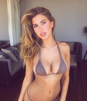amateur photo Kara Del Toro