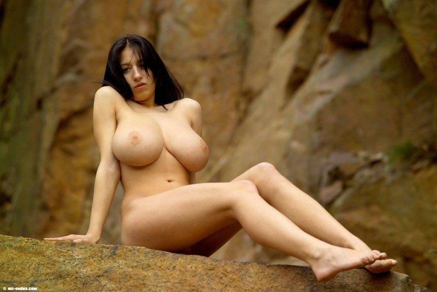 Naked jana defi Nude Jana