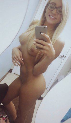 amateur photo Cute and naked