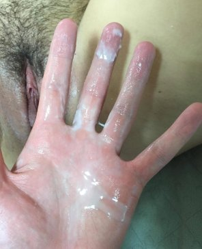 amateur photo Hand-full of Grool