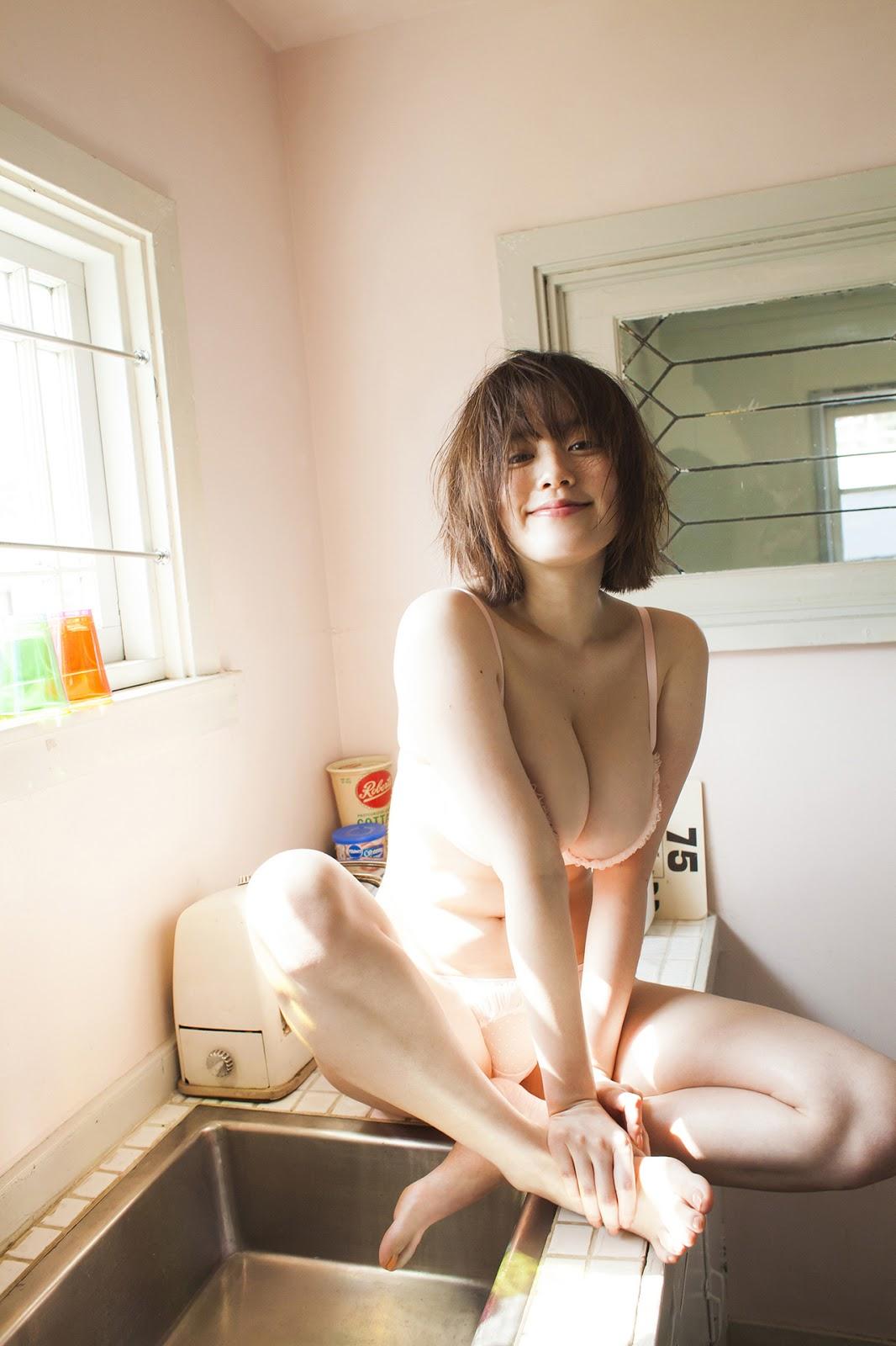 Nude kakei Miwako Kakei
