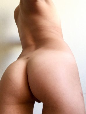 amateur photo [F]riday booty