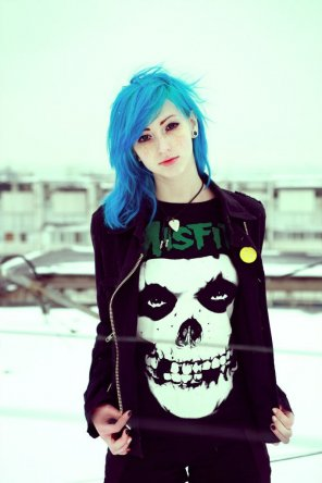 amateur photo Cute Pale Blue-haired Misfit