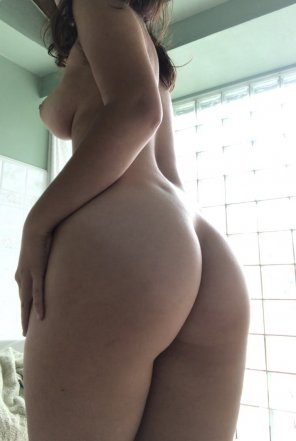 amateur photo [f]eelin' peachy keen 😊🍑