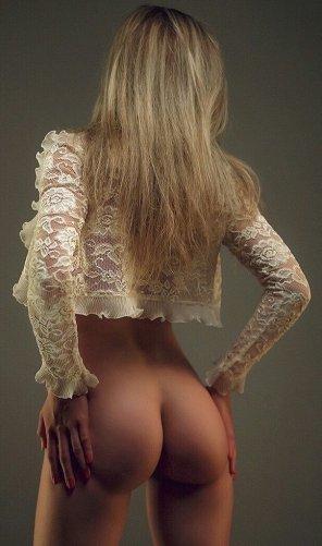 amateur photo Sensual and beautiful girl ass