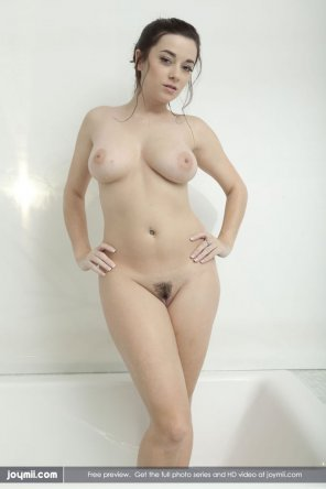 amateur photo Pale hot wife
