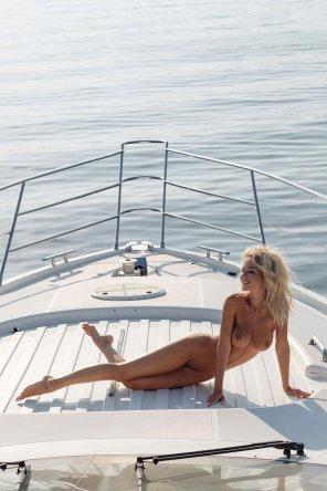 amateur photo Big boat