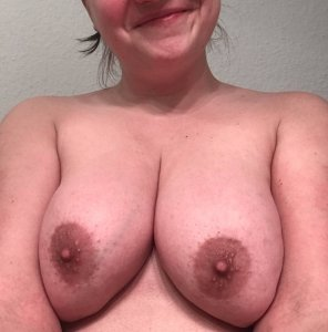 amateur photo Boobs and happy smile! :)
