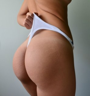 amateur photo Cellulite-free ass