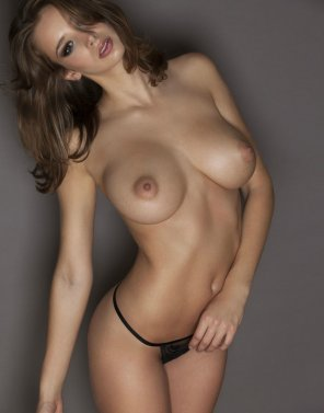 amateur photo Stunning brunette