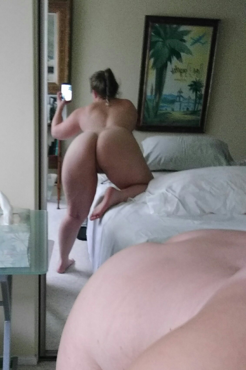 chick looking for bed fun in tallinn
