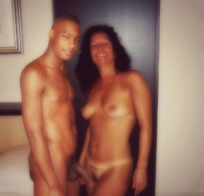 amateur photo Adriana and mandingo