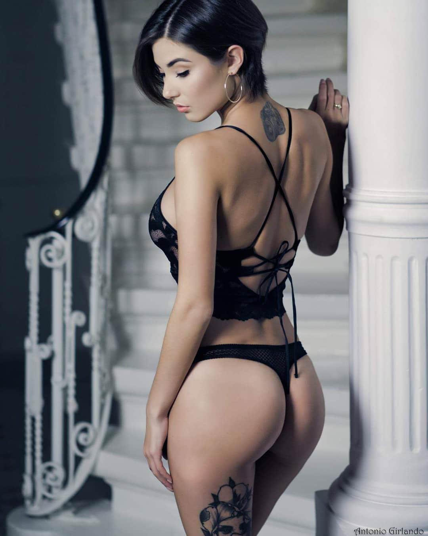 Italian Fashion Porn - Italian Buns Porn Pic - EPORNER