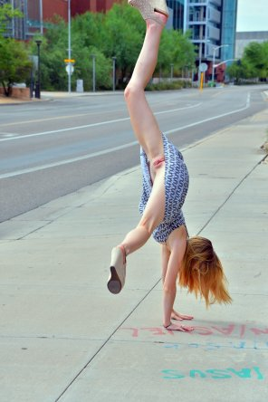 amateur photo Cartwheel