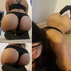 amateur photo Black panties - no panties
