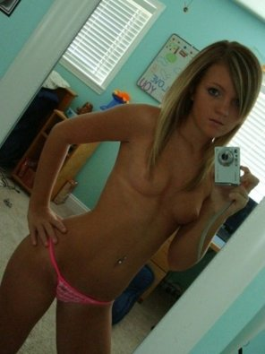 amateur photo Tight, tan, blonde selfie