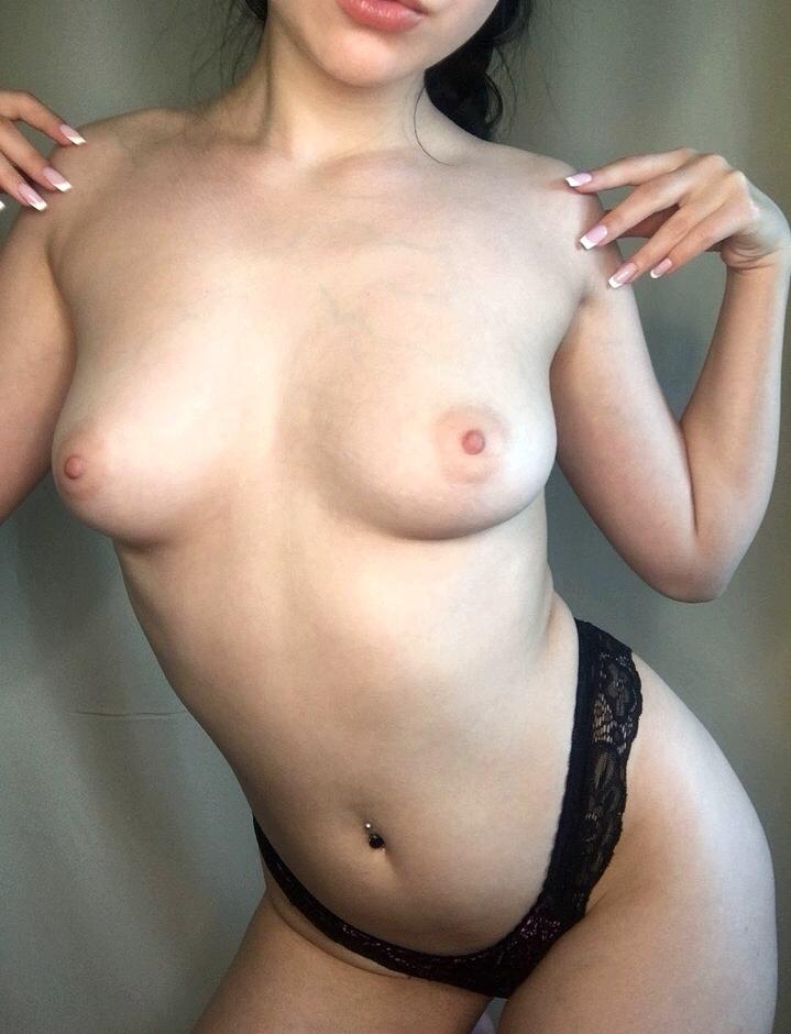 Young Boobs Porno