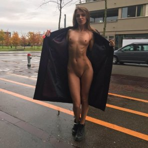 amateur photo Opening her coat