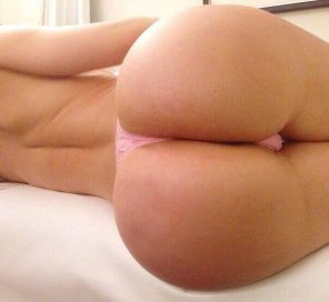amateur photo Pink thong