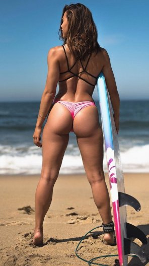 amateur photo Surfer girl