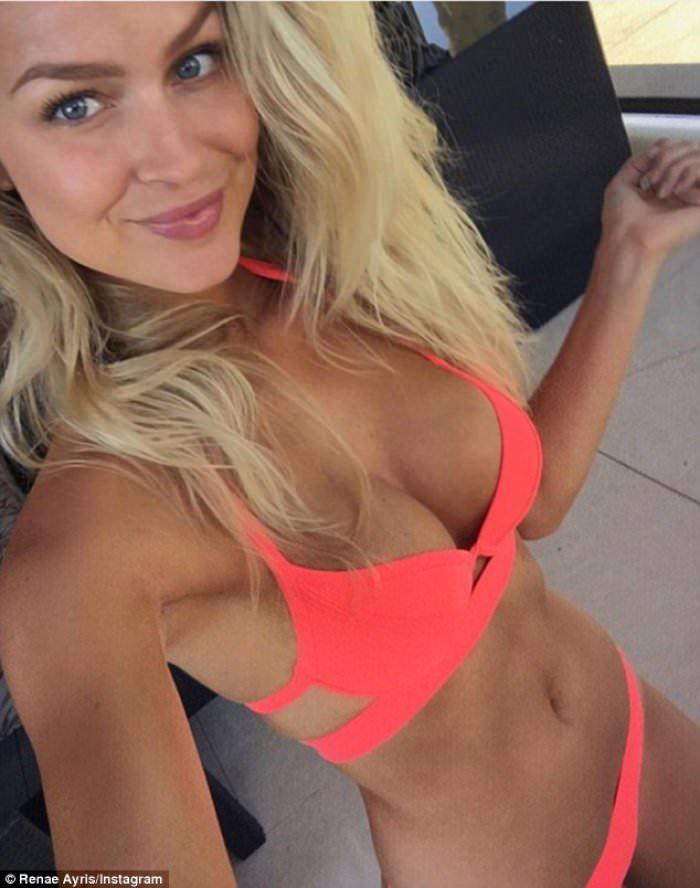 Porno Renae Ayris naked (87 images) Porno, Snapchat, cleavage