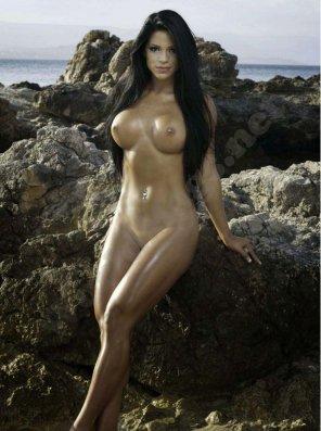 amateur photo Michelle Lewin nude