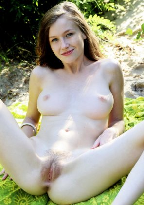 amateur photo Teen Babe Emily Bloom with Hairy Pussy