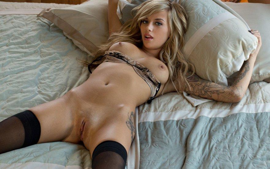 Emma Mae Porn Photo