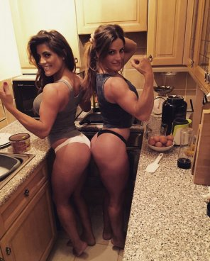 amateur photo Twins In The Kitchen