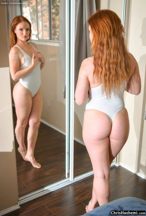 amateur photo PAWG ginger