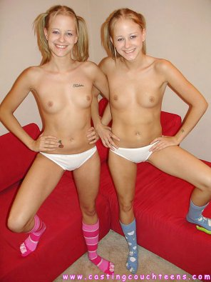 amateur photo Hot Twins