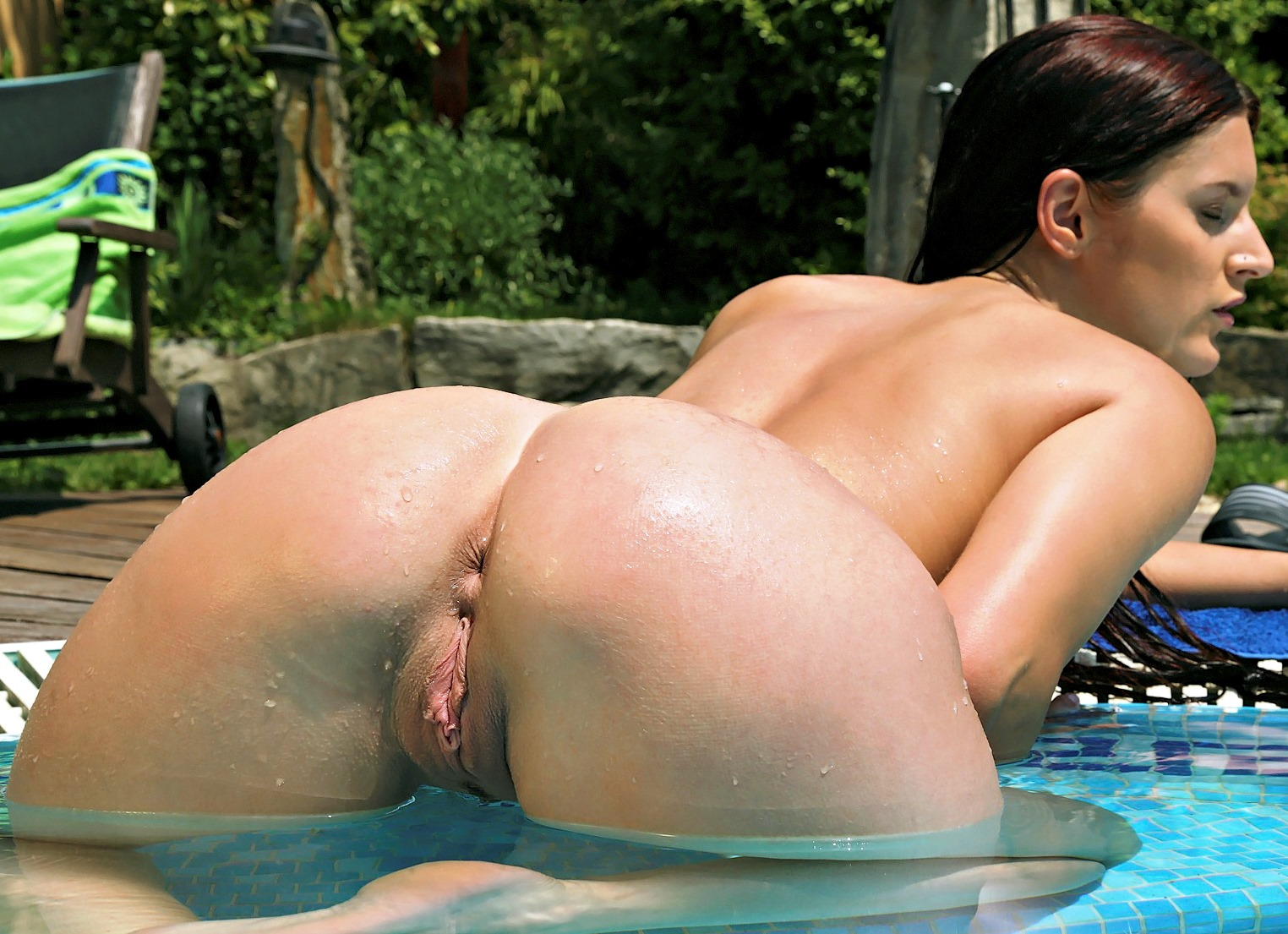 Fountain free xxx porn pics hq watch sex images