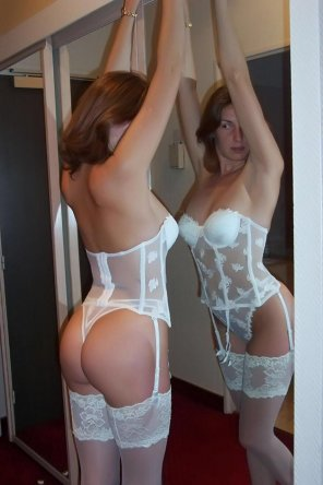 amateur photo Lady next door type