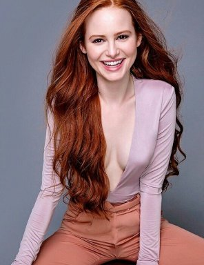 amateur photo Madelaine Petsch