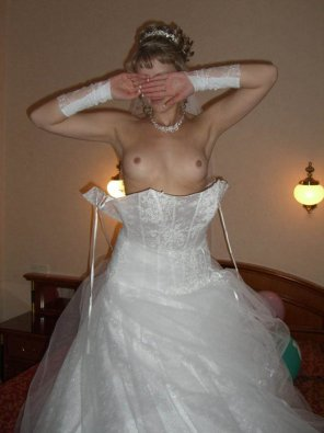 amateur photo Peek-a-boob bride