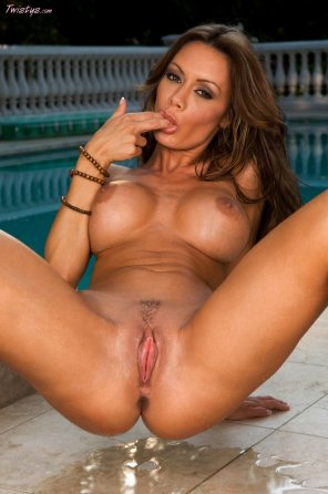 amateur photo Crissy Moran