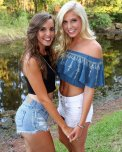 amateur photo Blonde vs Brunette