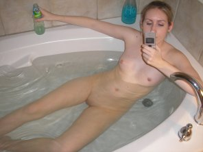 amateur photo Taking a bath