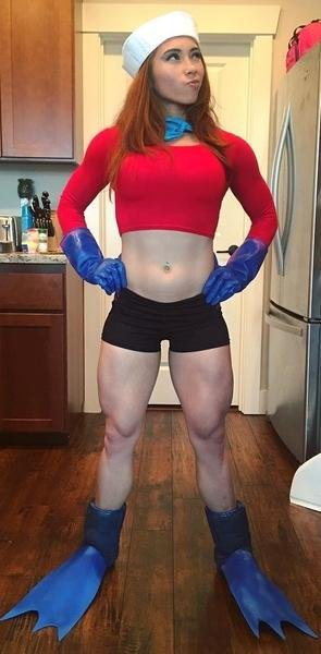 amateur photo She does not skip leg day