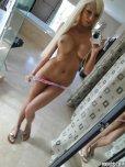 amateur photo Rikki Sixx selfie